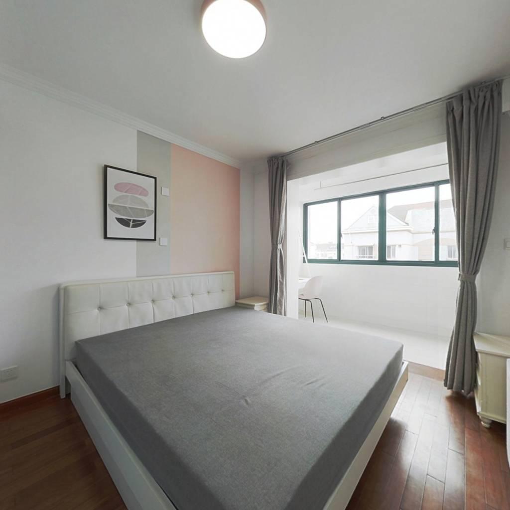 合租·香楠小区 3室1厅 南卧室图