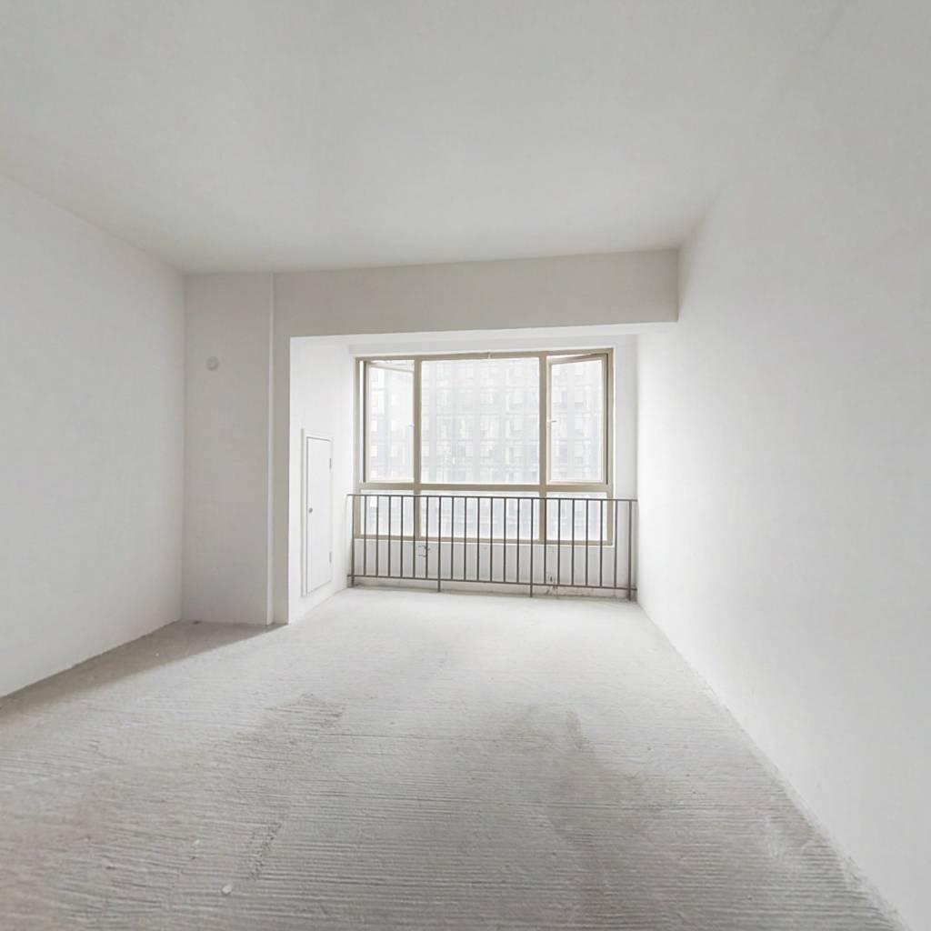 花果园风雨桥毛坯公寓急售,成交快