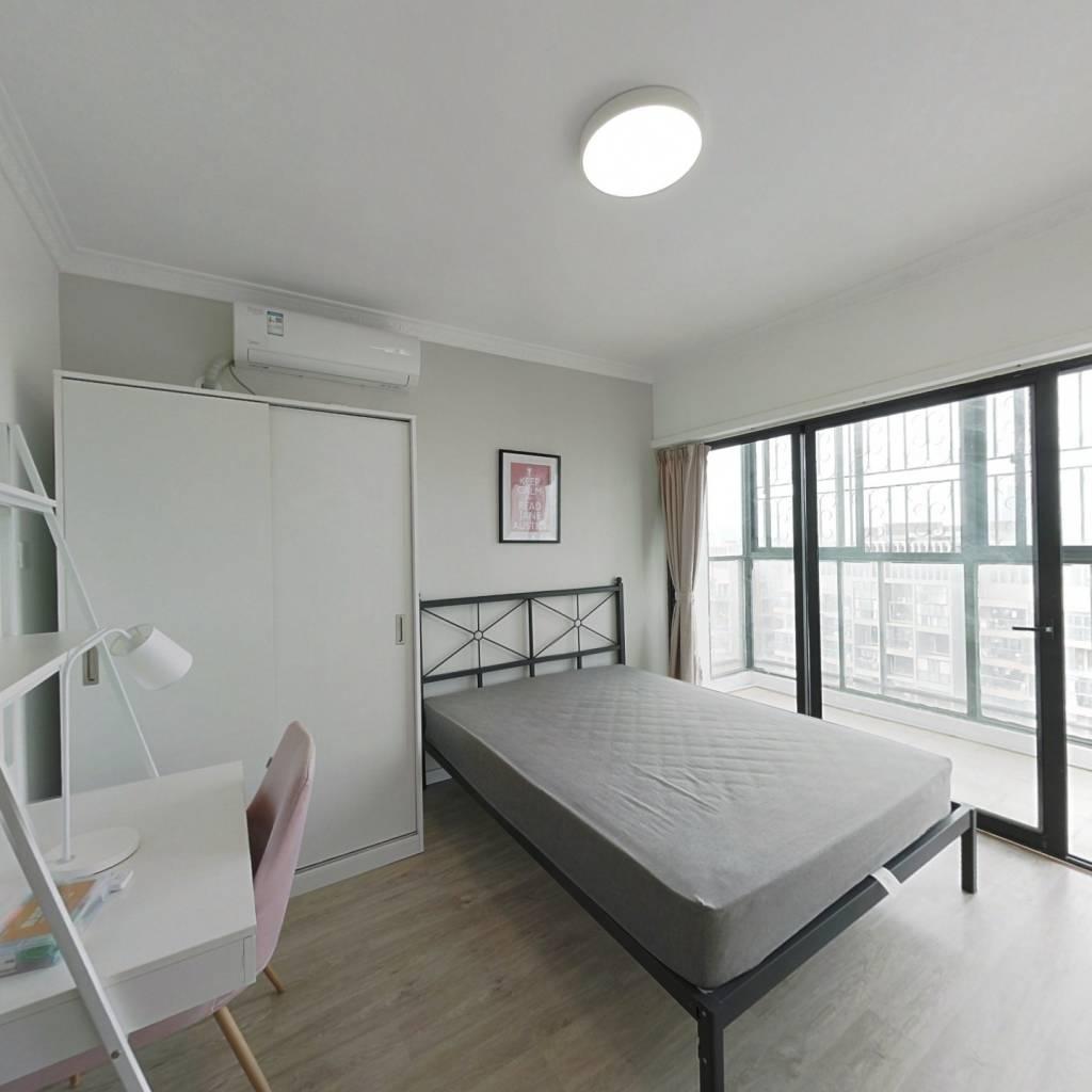 合租·四海公寓 4室1厅 西卧室图