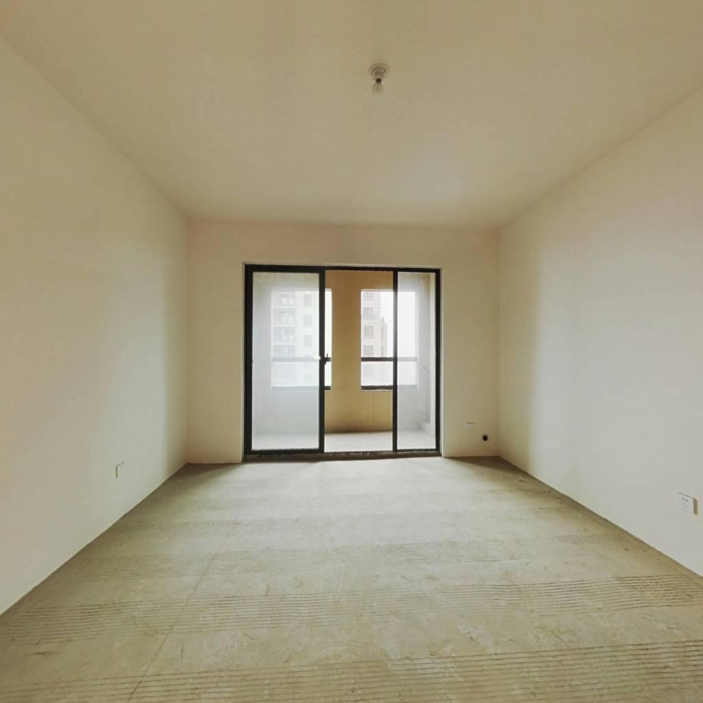 信达银杏尚郡2房,纯毛坯,满二少税,随时看房