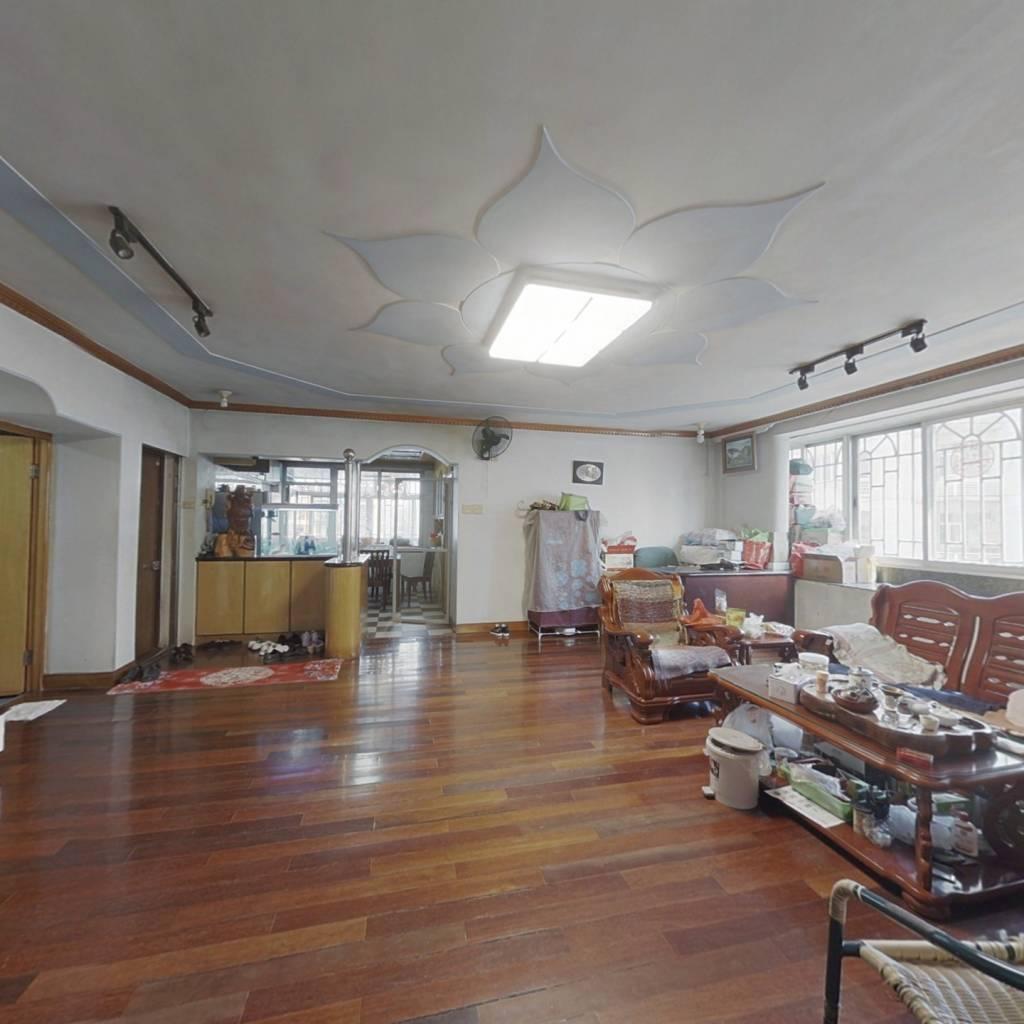 光明城小区 4室2厅 东南