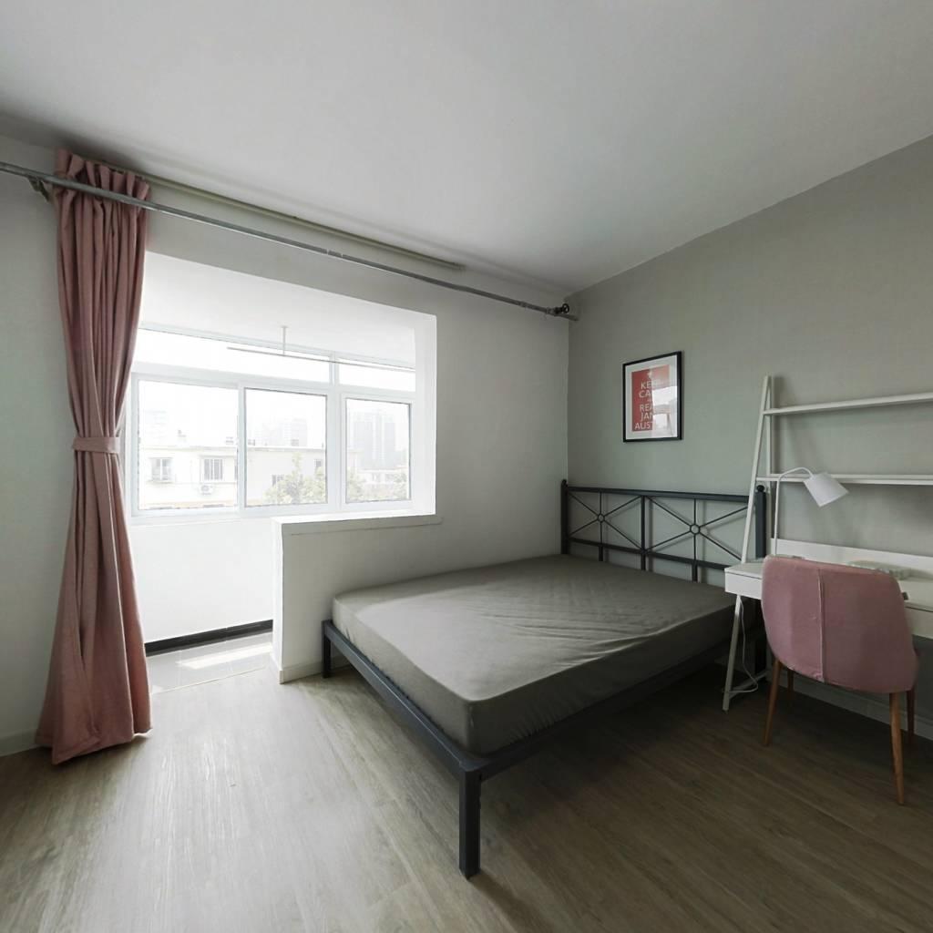 合租·老山西里 3室1厅 南卧室图