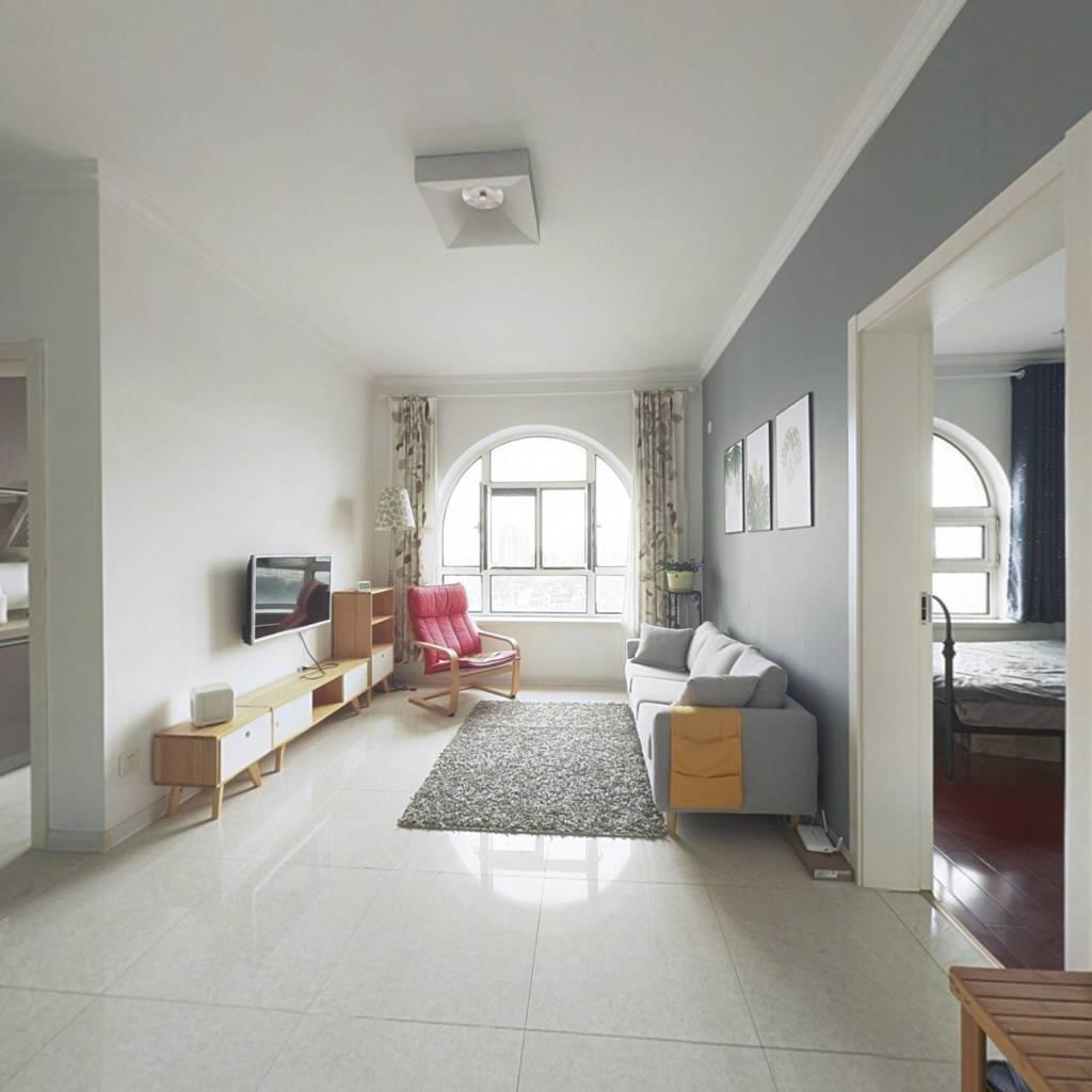 开世嘉年小户型精装修1室1厅南向海景房独立厨房