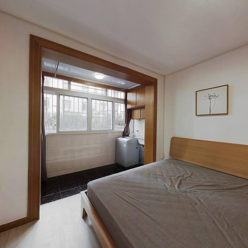 整租·潼港六村 2室1厅 南卧室图