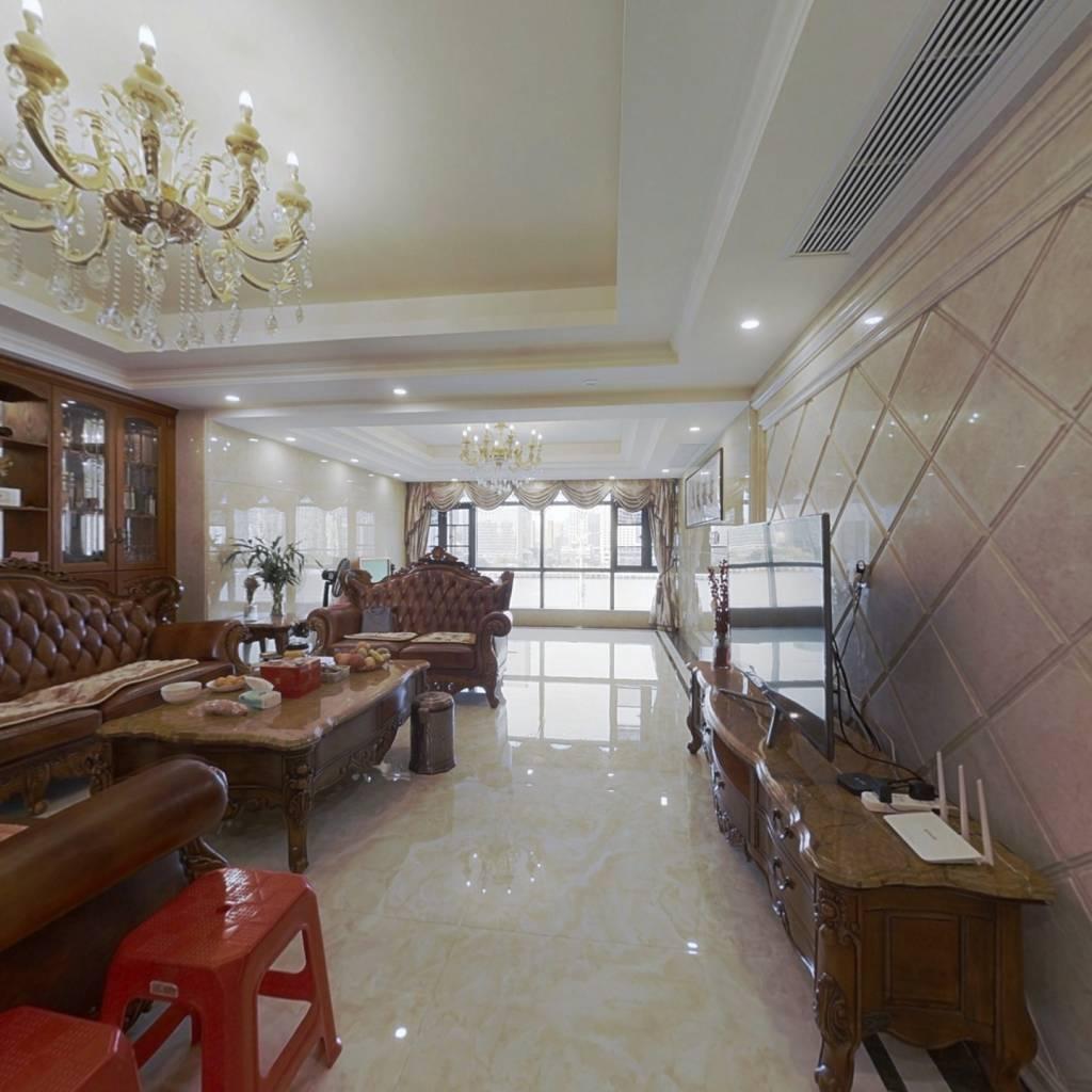 上江城百万精装、千米楼距、一线江景、近距离花海公园