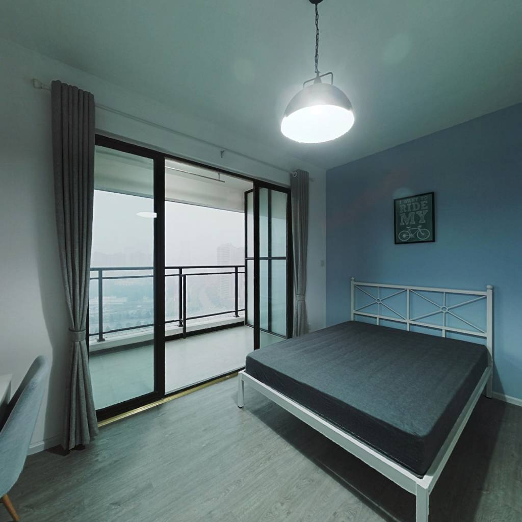 合租·北大资源颐和翡翠府 5室1厅 东南卧室图