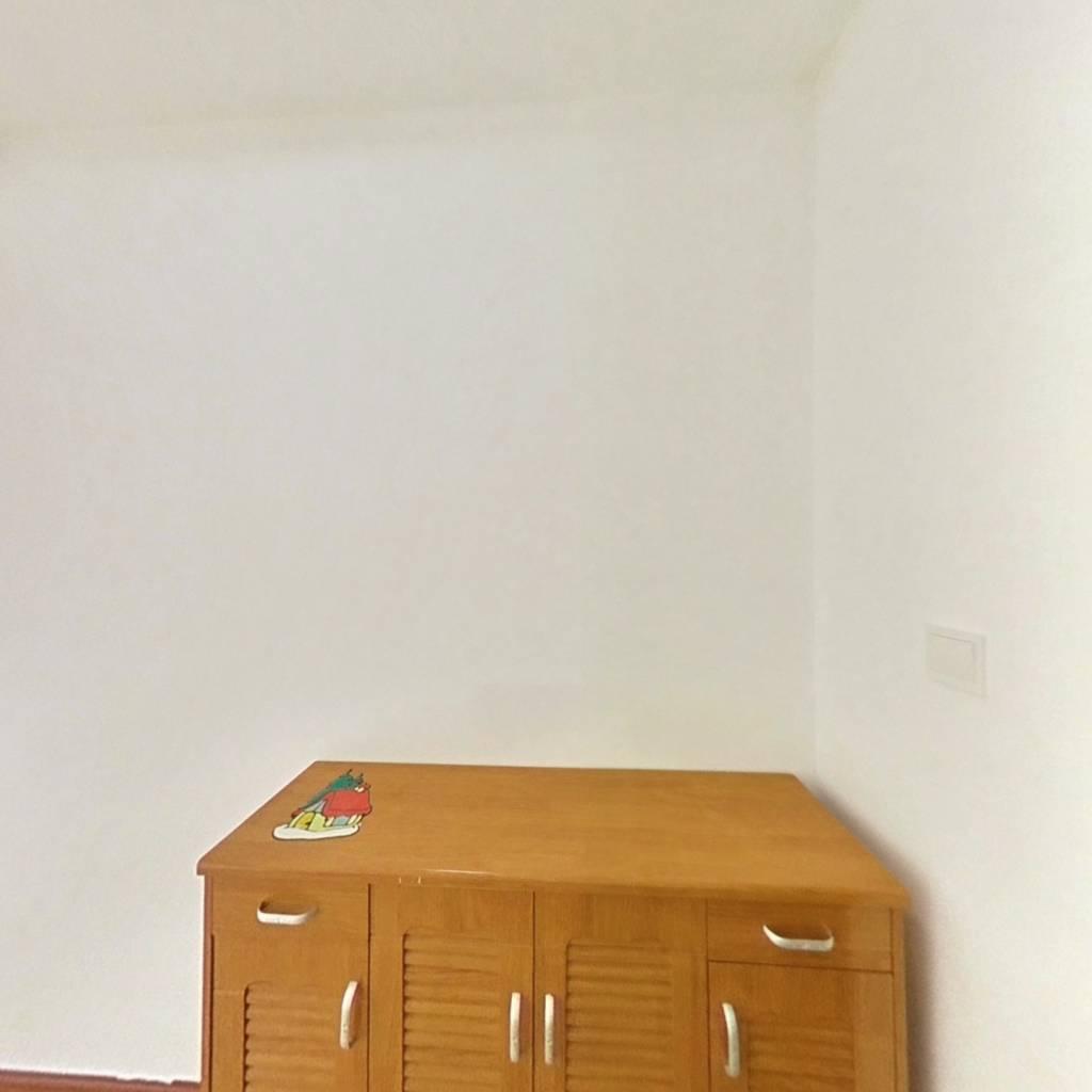 合租·澜调国际 5室1厅 北卧室图