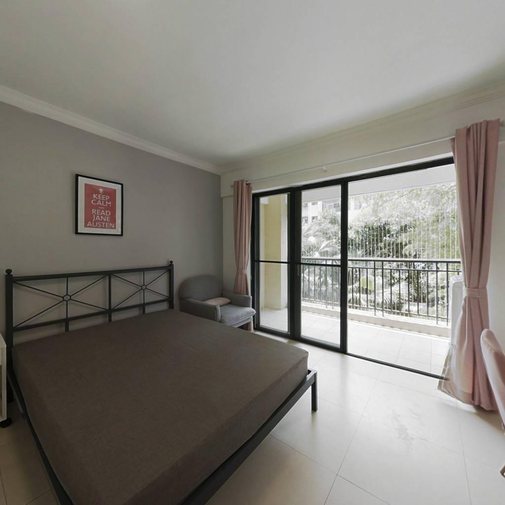 合租·紫薇花园 4室1厅 北卧室图