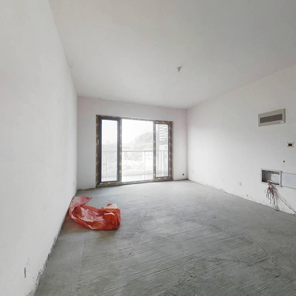 北京城建龙樾湾 精装三房  全新装修  没住过人