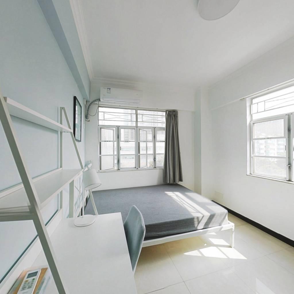 合租·德荣小区 3室1厅 东卧室图
