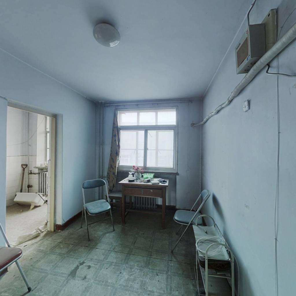 双丰小区中楼层满五年同盛片区两室朝阳