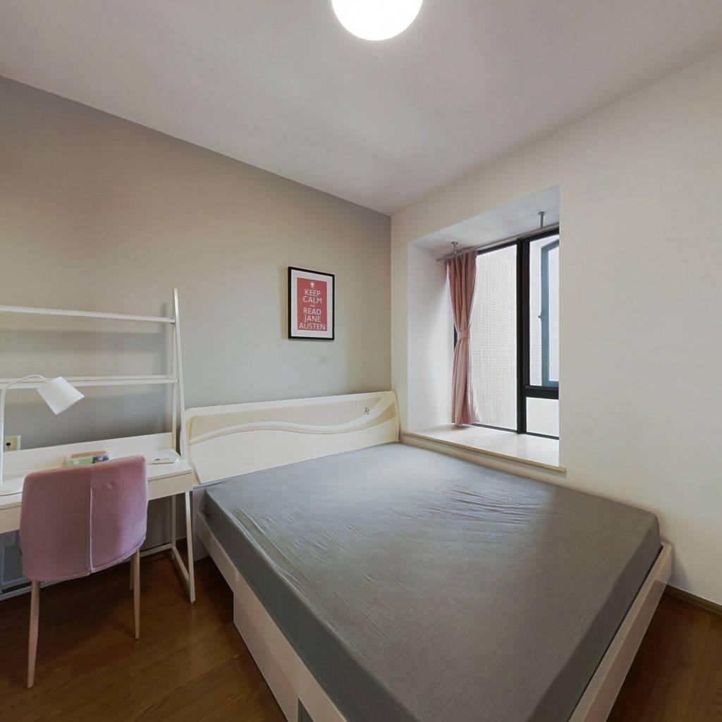 合租·翡翠城五期 4室1厅 北卧室图