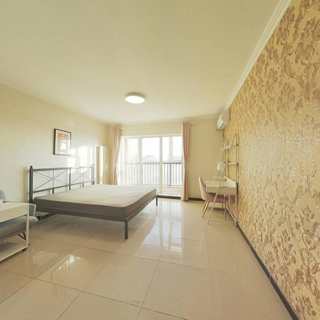 合租·阿尔法社区二期 3室1厅 北卧室图