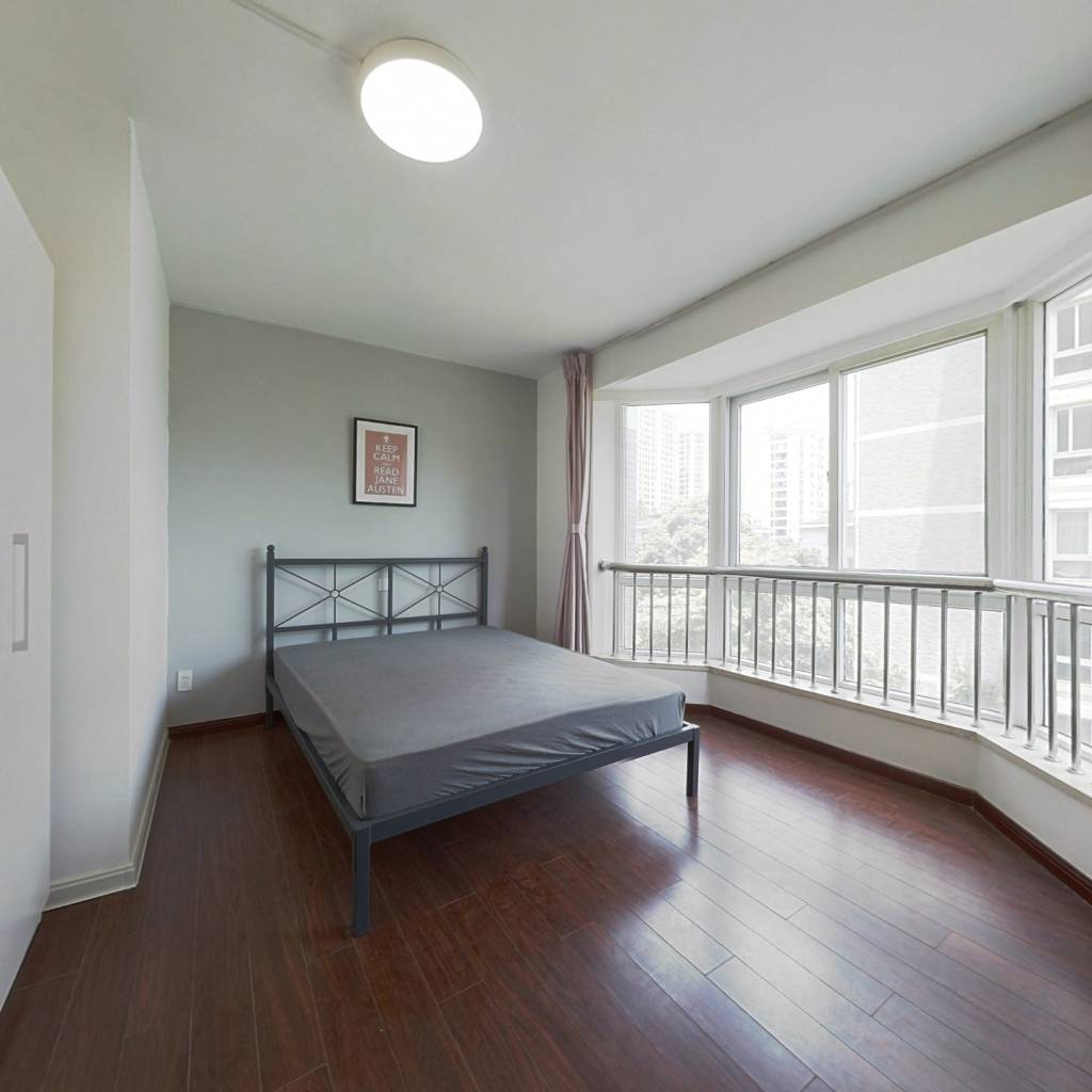 合租·溪畔花园 4室1厅 南卧室图