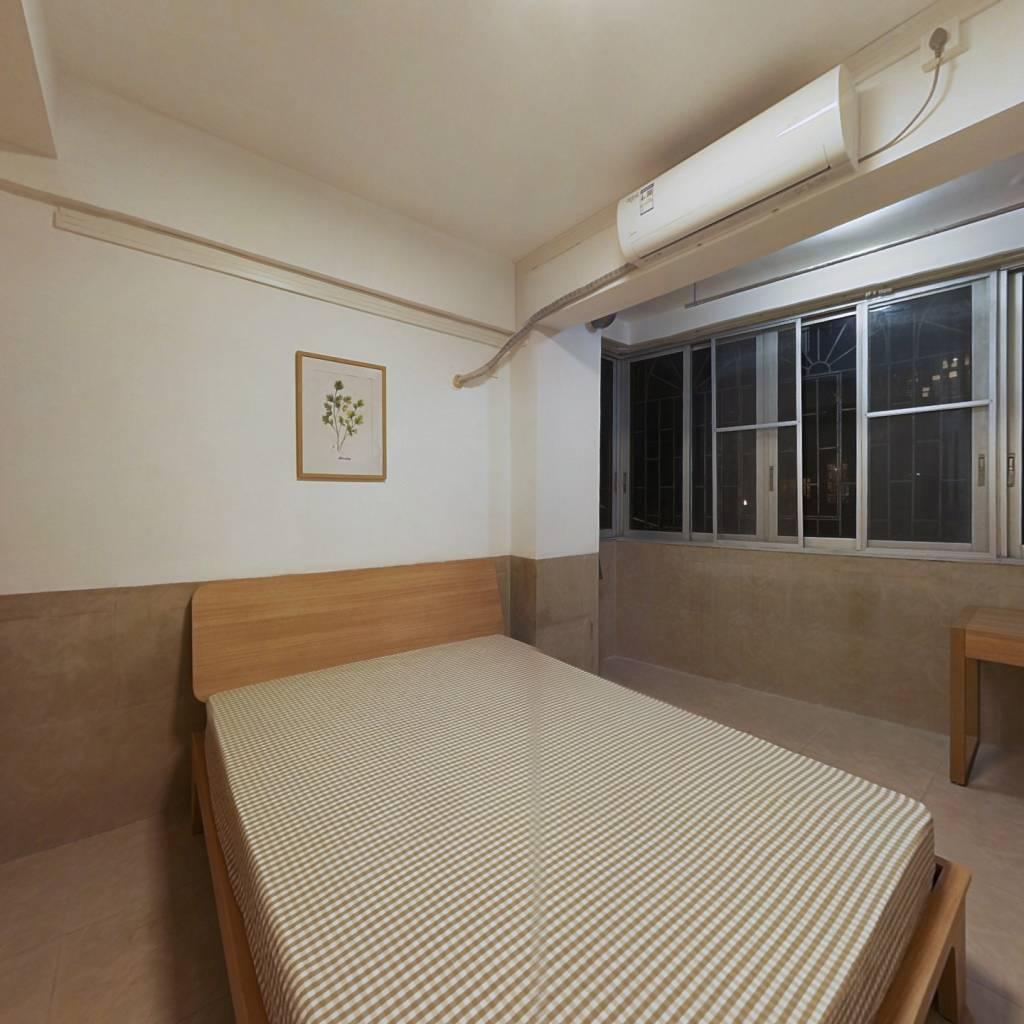 合租·六运小区 4室1厅 北卧室图