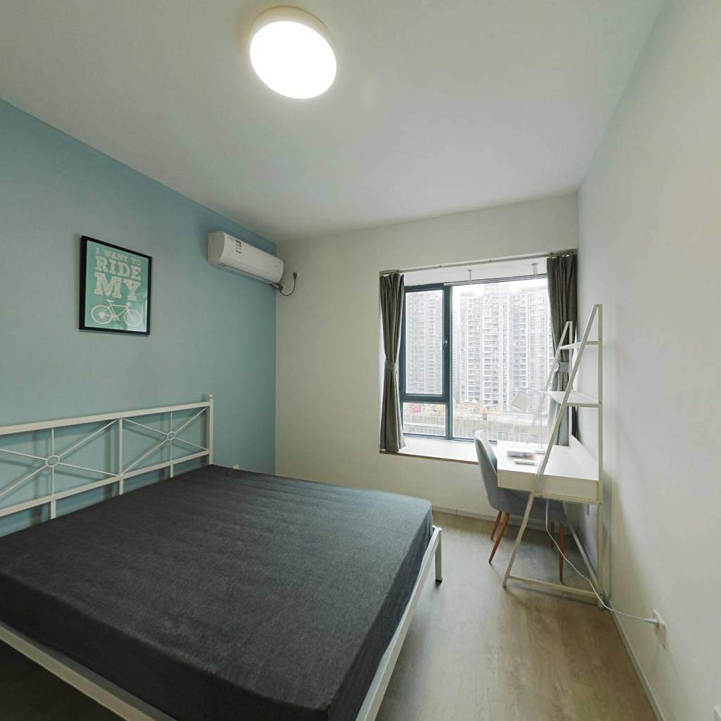 合租·东苑D区 4室1厅 北卧室图