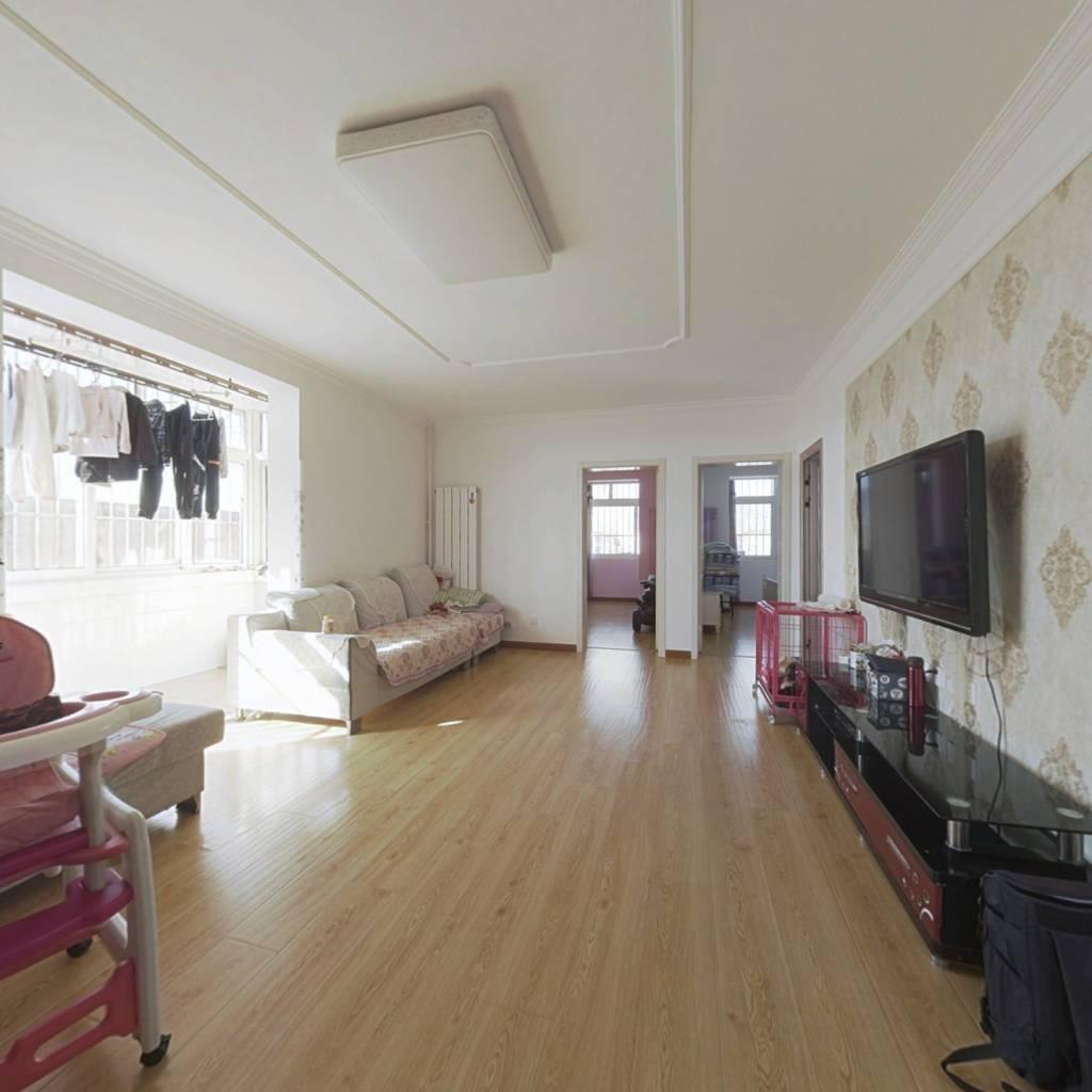 兴房东里社区 3室1厅 南 北