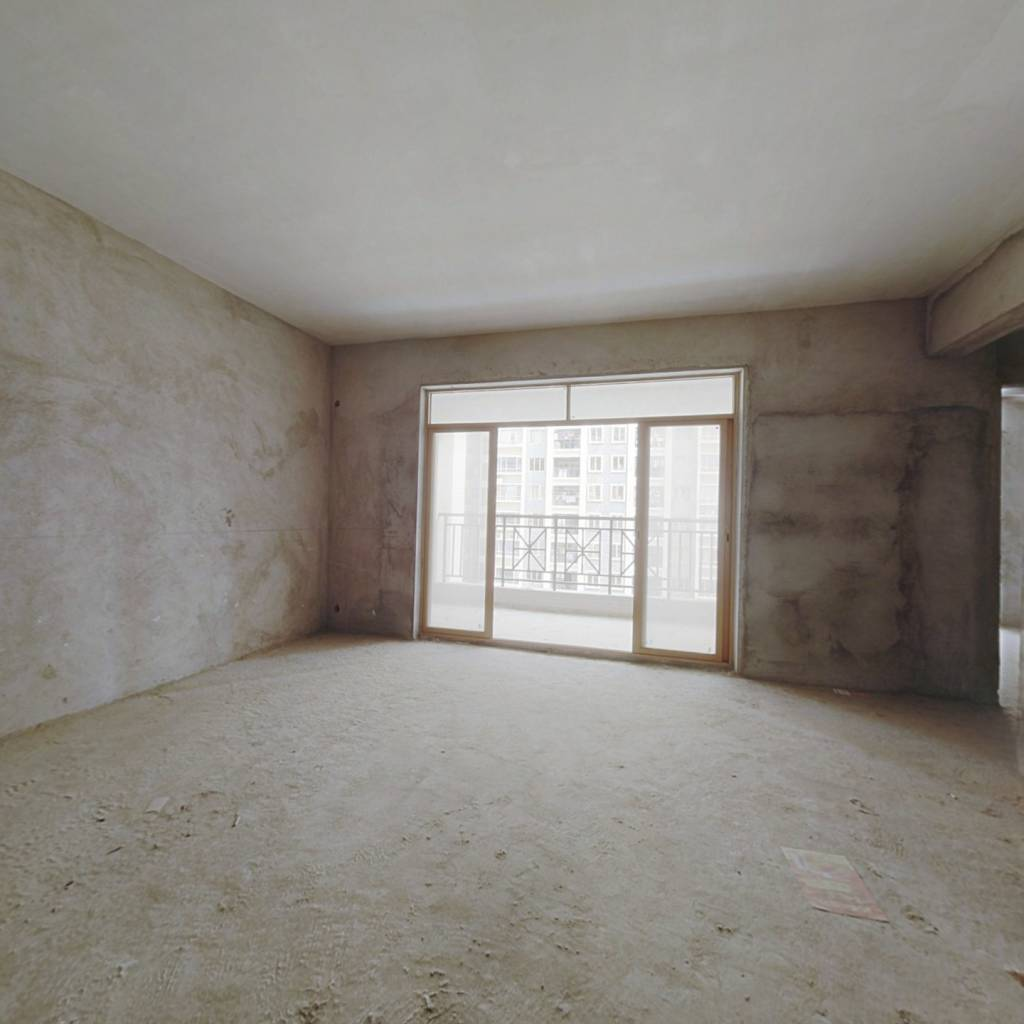 出售:海伦堡厚园174平方五房