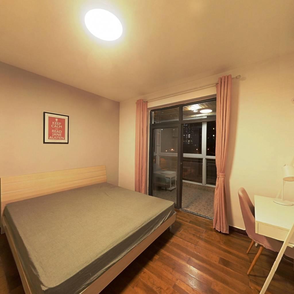 合租·上行汇锦 4室1厅 东卧室图