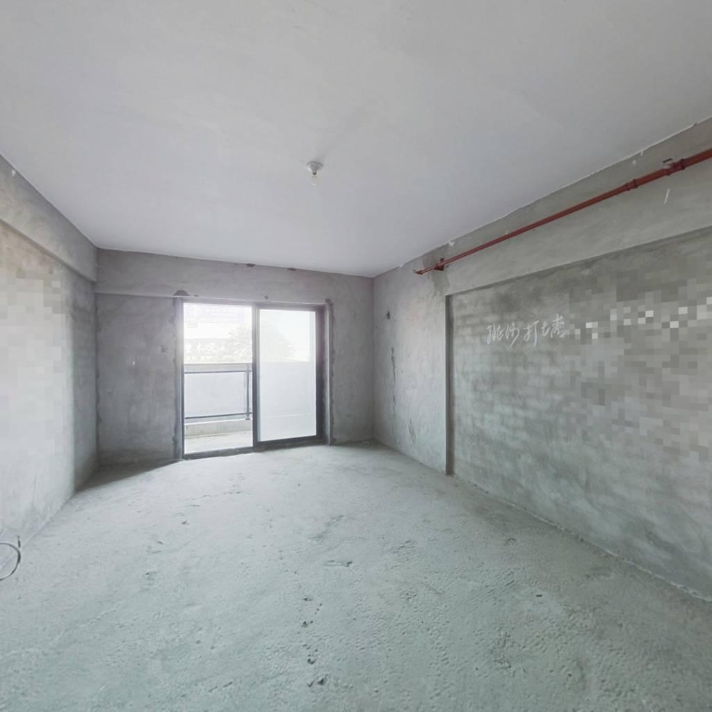 聚星国际单身公寓可打通有露台低价出售