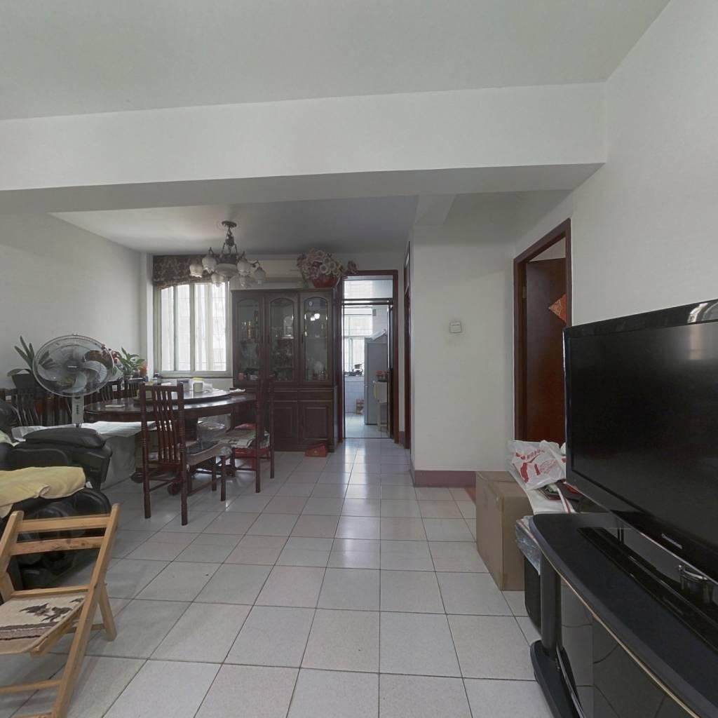 金二环,精装3室,多层2楼拎包入住 带窗户的地下室