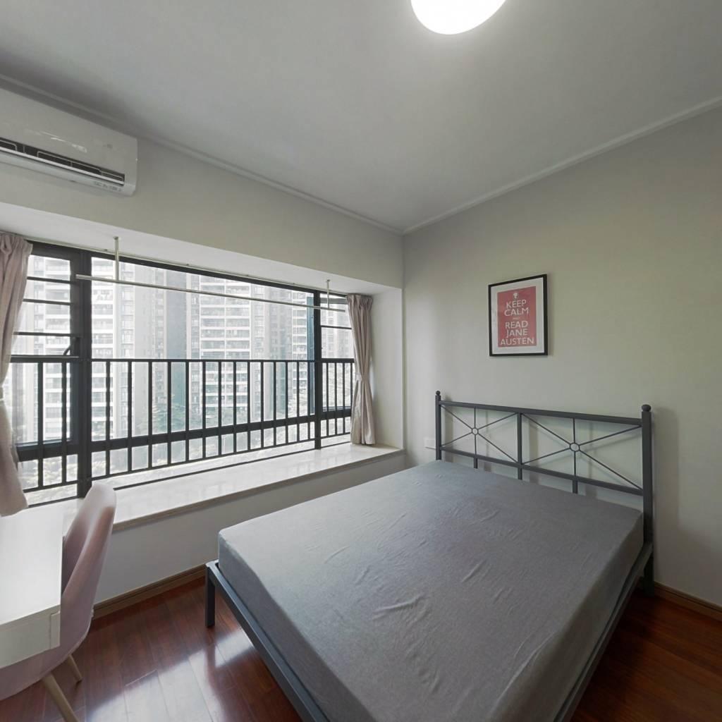 合租·金域蓝湾 4室1厅 北卧室图