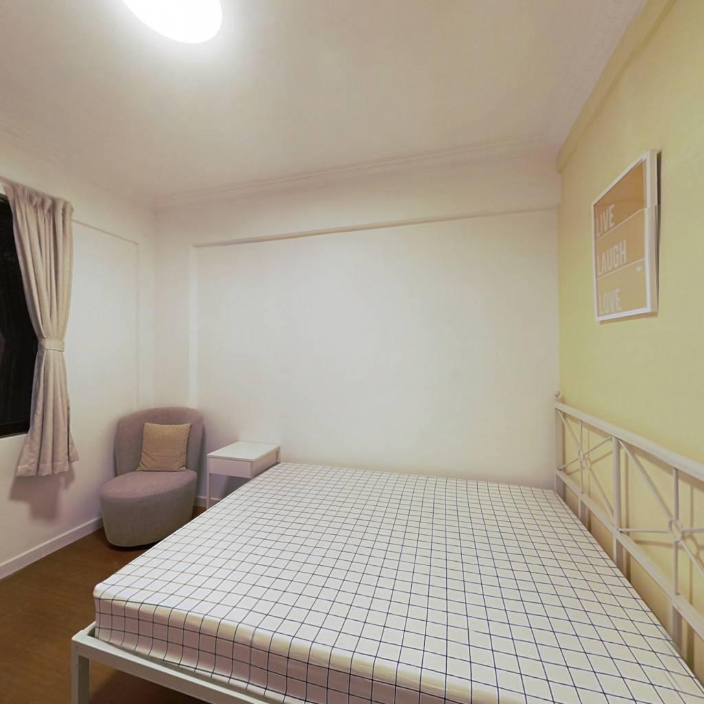 合租·六运小区 3室1厅 南卧室图
