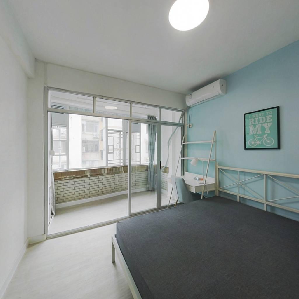 合租·南雅苑 3室1厅 南卧室图