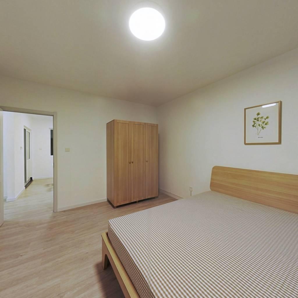 合租·首创悦山郡 4室1厅 南卧室图