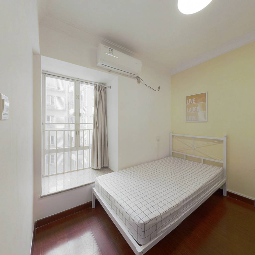 合租·翠城花园 4室1厅 东北卧室图
