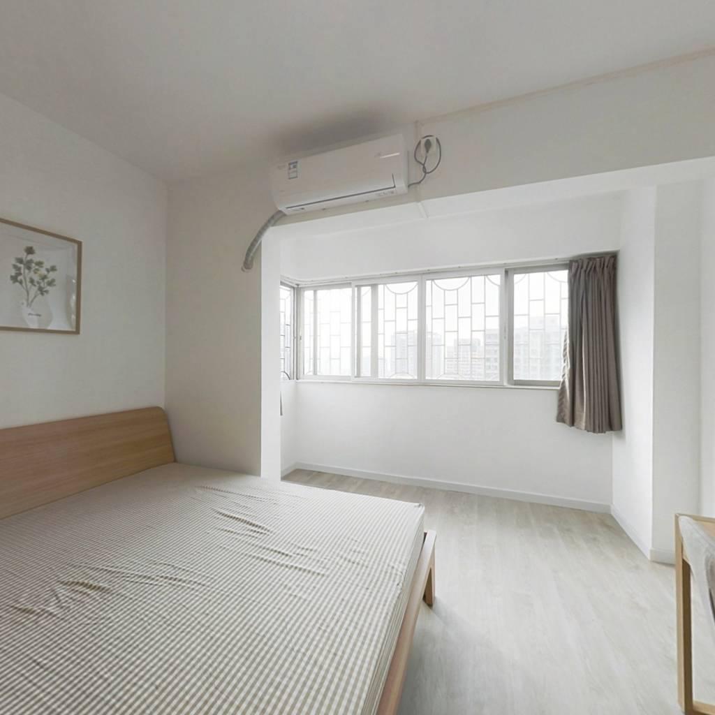 合租·省府宿舍 4室1厅 西卧室图