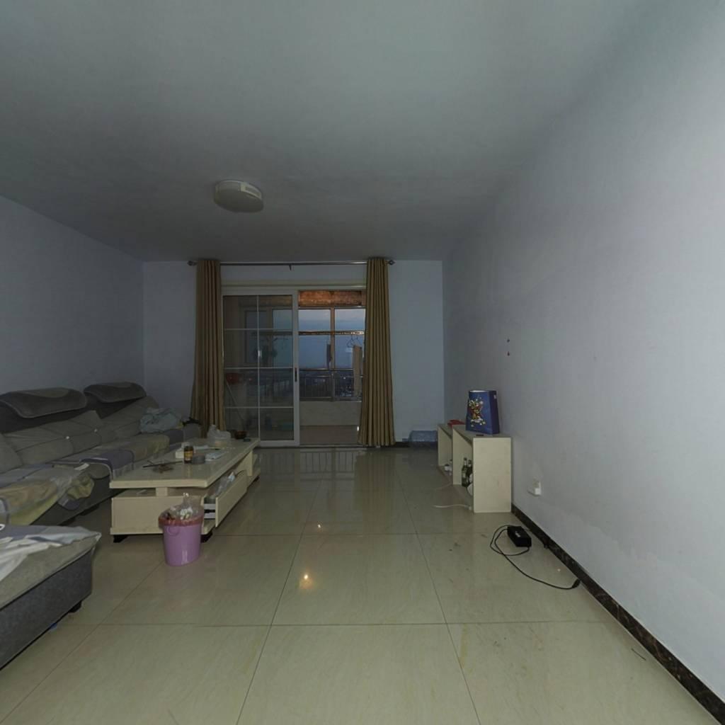 龙泽国际电梯洋房,三室两厅市,政供暖