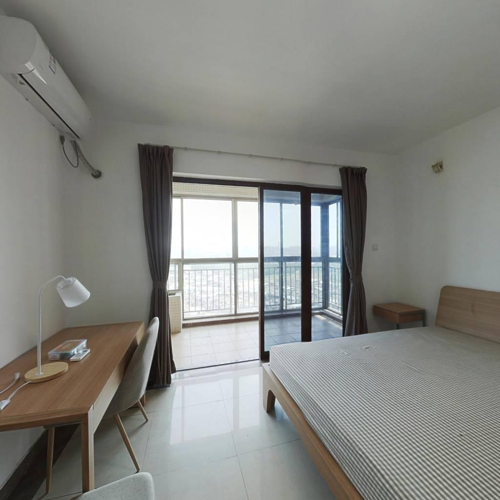 合租·时代廊桥 4室1厅 北卧室图