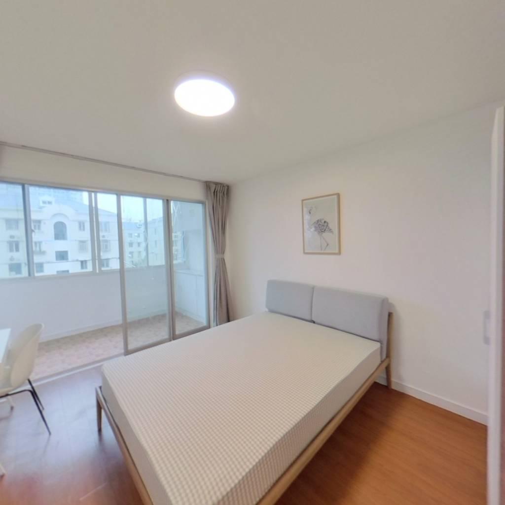 合租·航天新苑 3室1厅 南卧室图