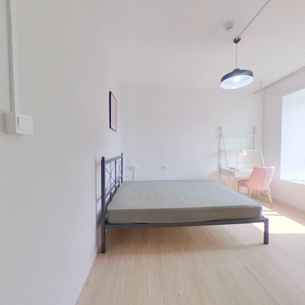 合租·百瑞景中央生活区六期 4室1厅 南卧室图