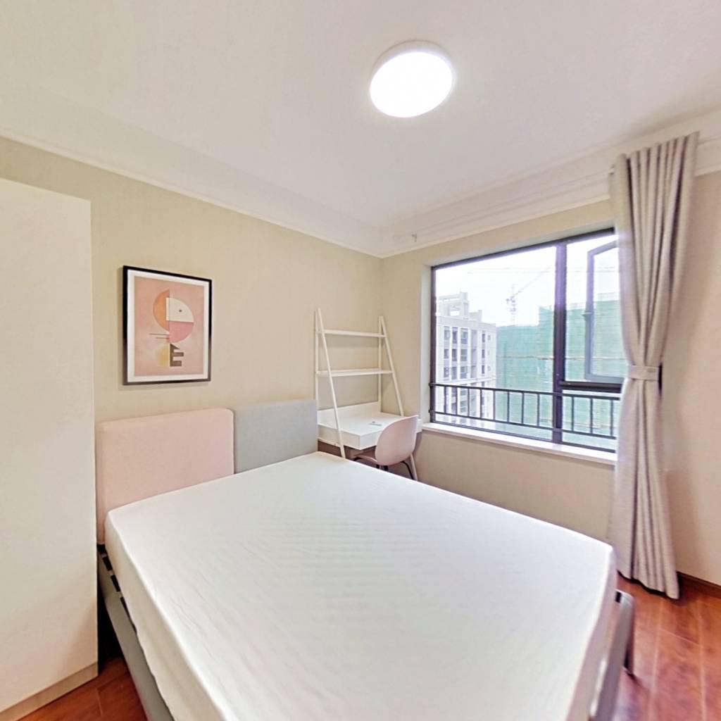 合租·滨江和城 4室1厅 东南卧室图
