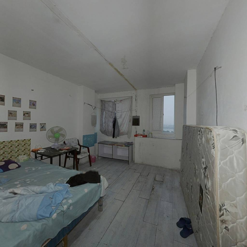 青春雅居精装复式楼,利用空间大,看房方便