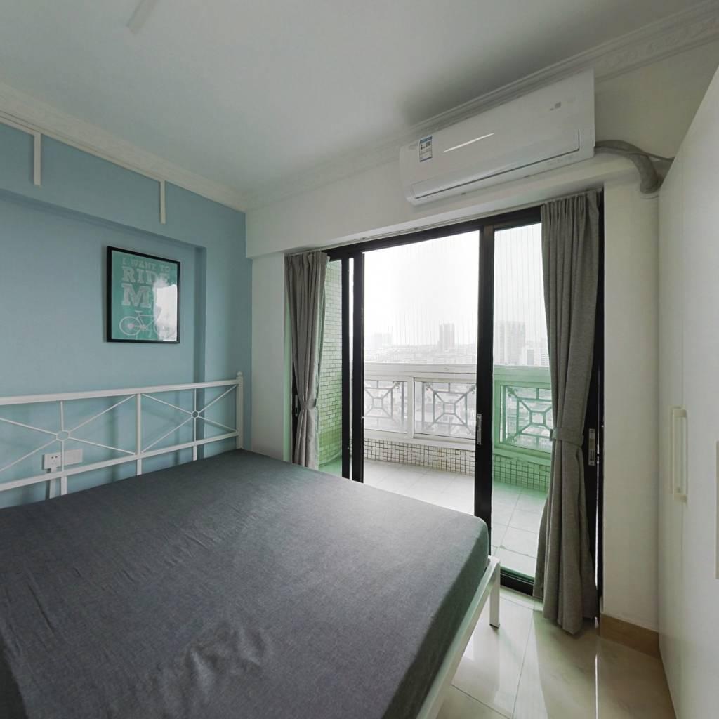 合租·西华苑 3室1厅 北卧室图