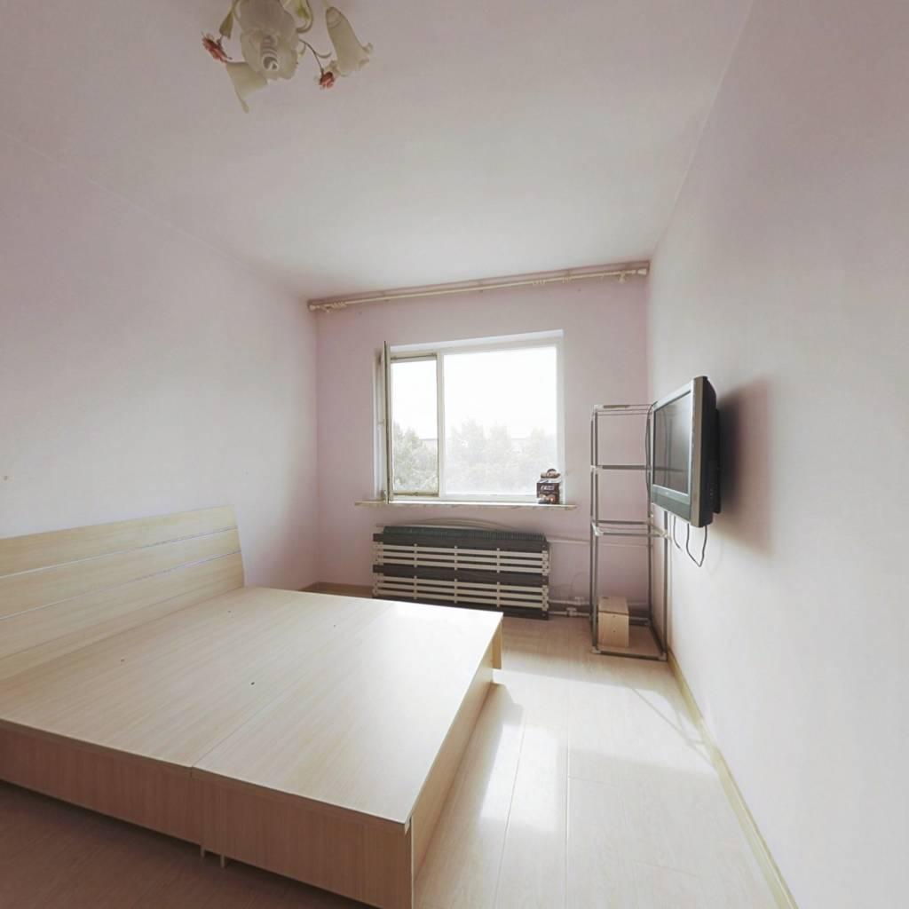 陵西二 小区客卧分离精装一居室看房方便不临街不把山