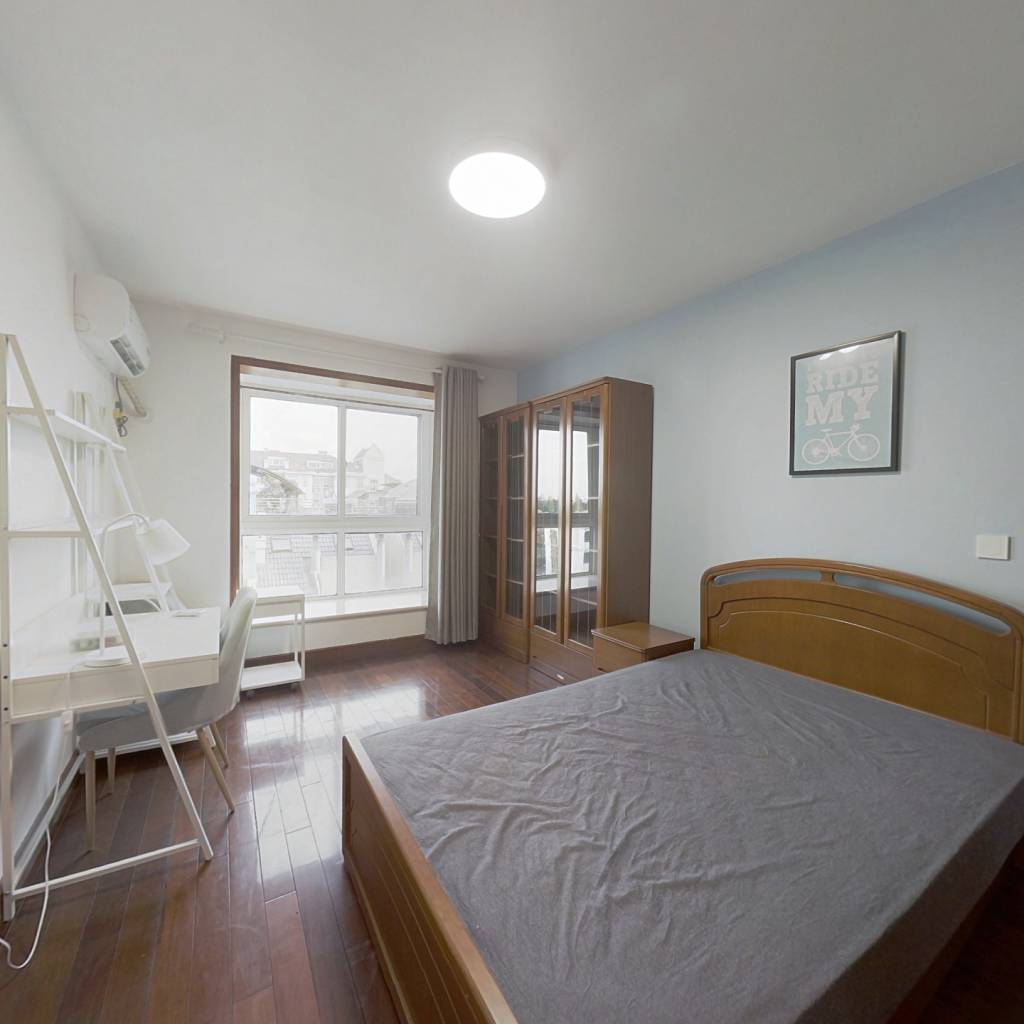 合租·枫丹白露枫丹花园 4室1厅 南卧室图