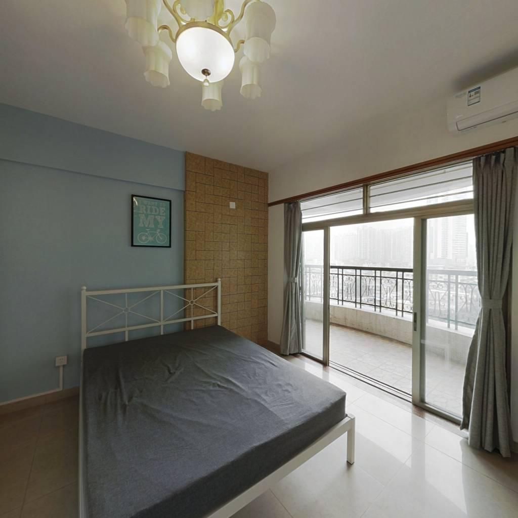 合租·福兴大厦 3室1厅 东卧室图
