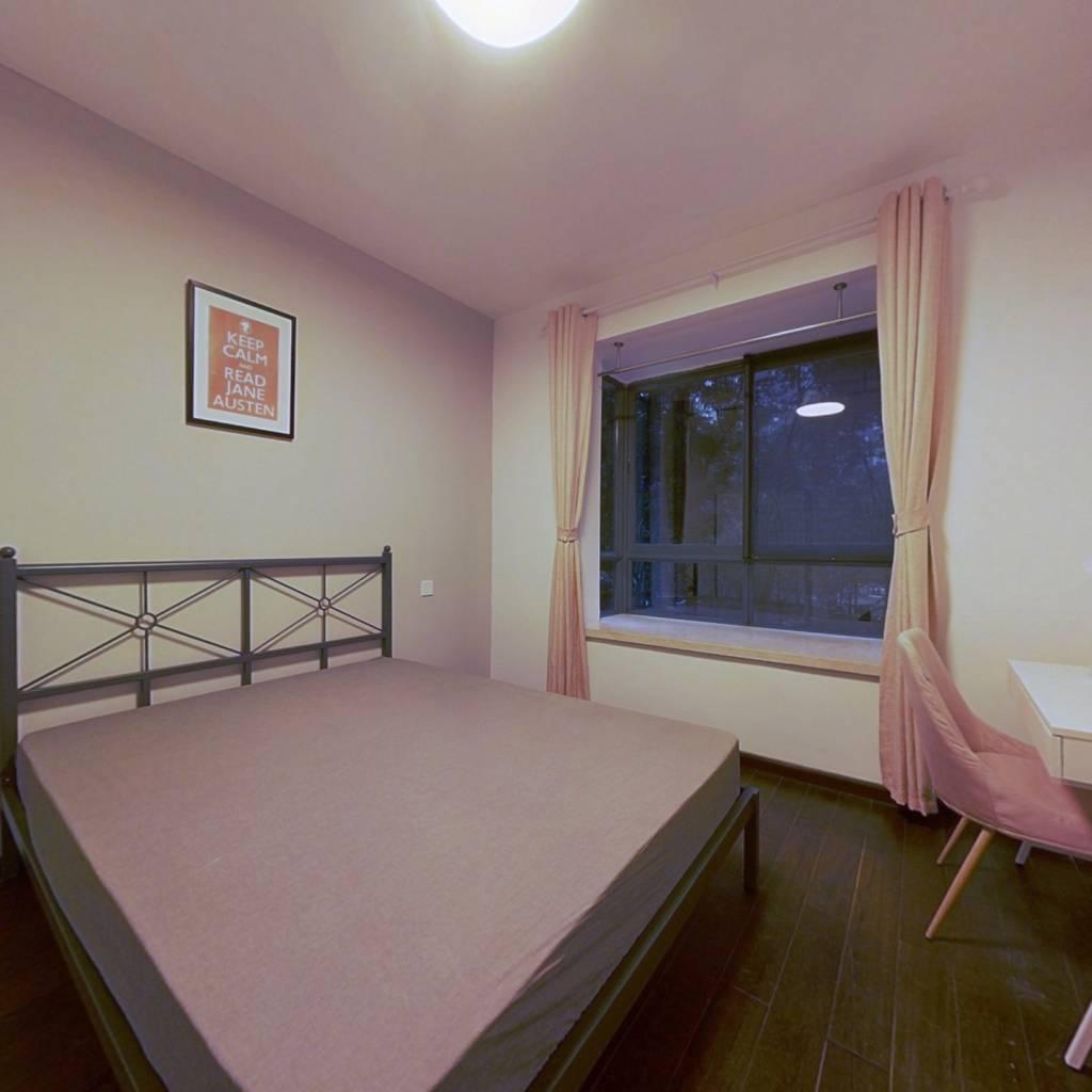 合租·盛世草堂 4室1厅 东北卧室图