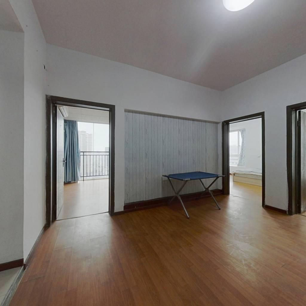 渝北加州商圈 白鹤林 电梯三房 随时看房 直接入住