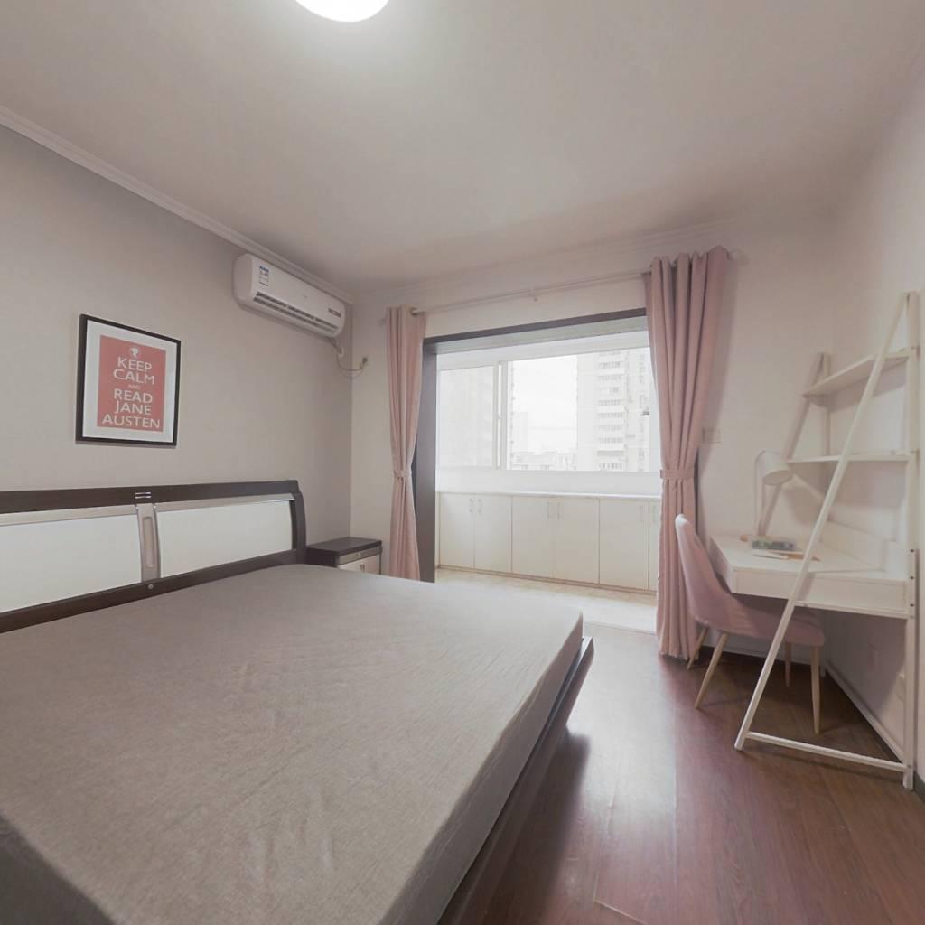 合租·大众汽车公寓 3室1厅 东卧室图