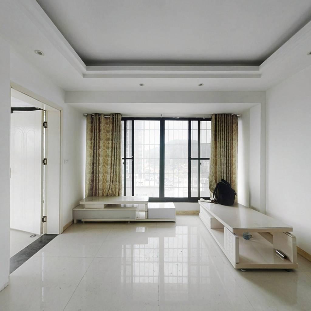 优山美诗精装空房两房,单价美丽,价格可谈