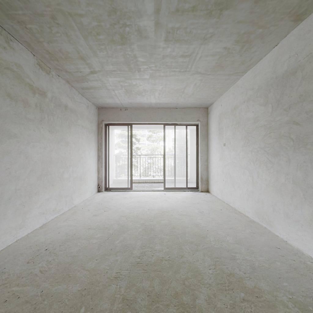 房子满五.配套成熟,深中通道出口,双阳台