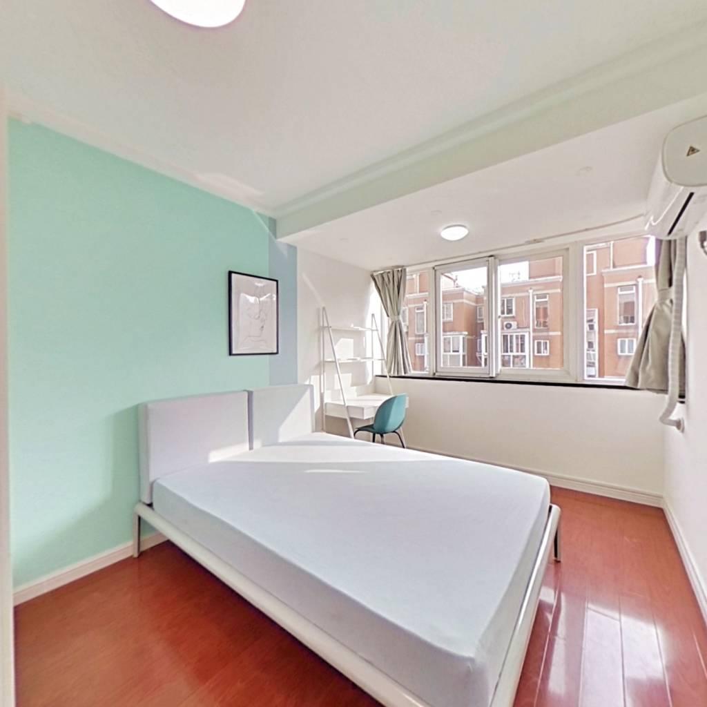 合租·新明星花园 6室1厅 南卧室图