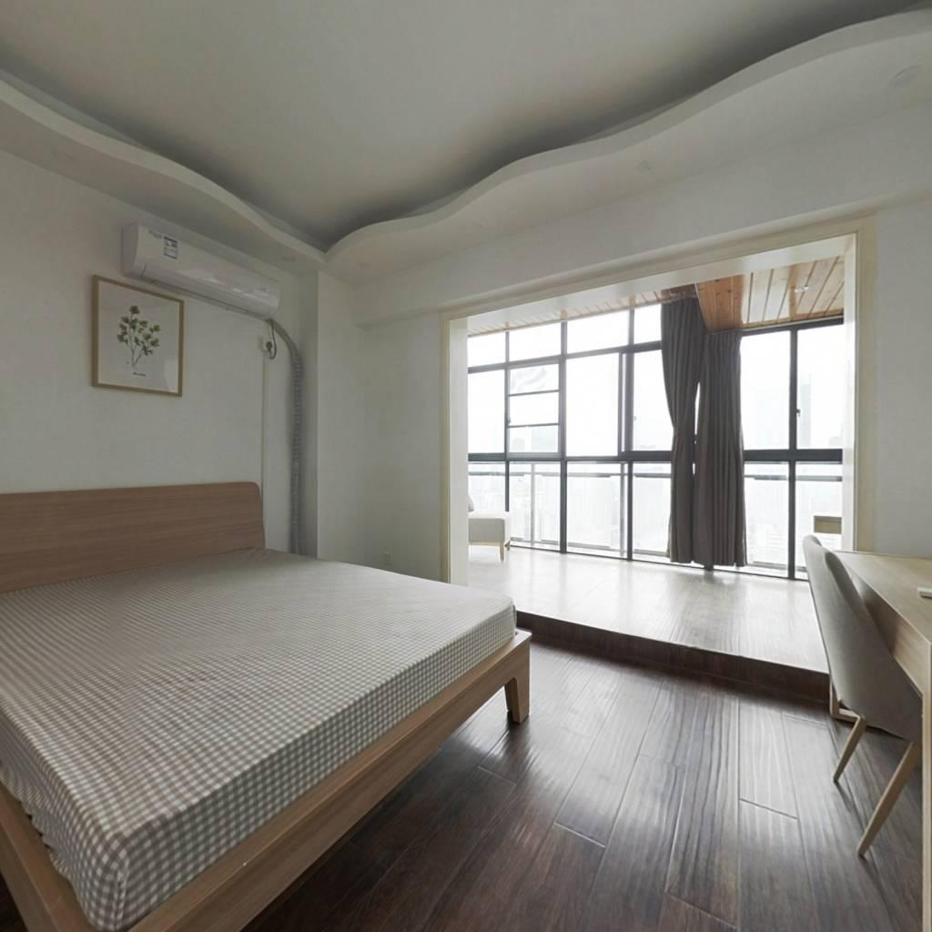 合租·财富又一城 3室1厅 南卧室图