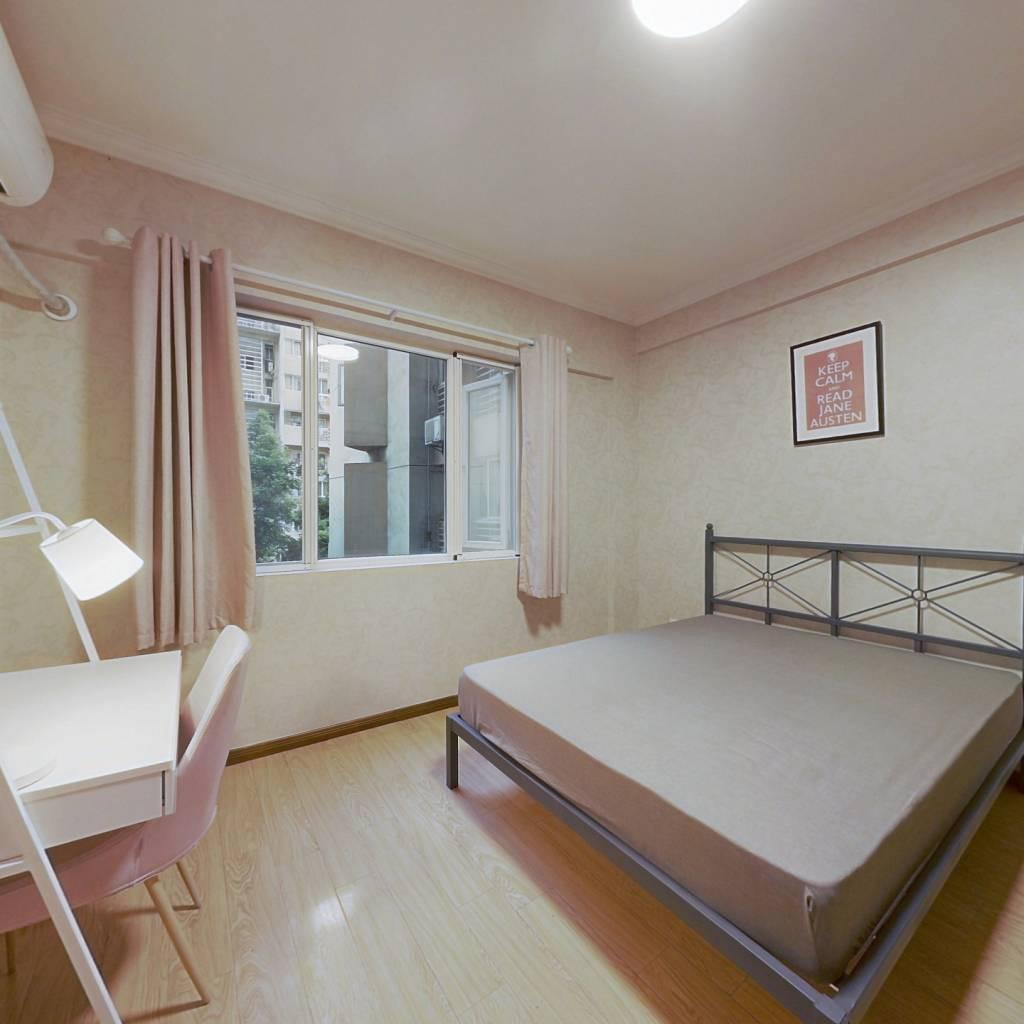 合租·中房蓝水湾 4室1厅 东卧室图