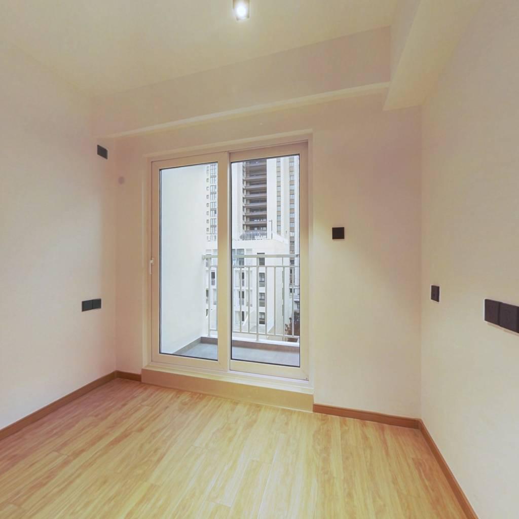 万科小户型公寓带阳台近地铁诚意出售